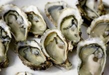 Chilli. Cheese. Oysters Kilpatrick. Recipe. Food